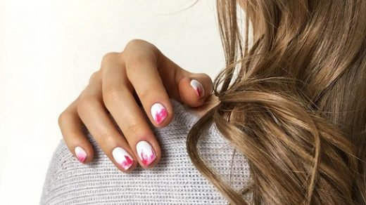 Reasons that help to remove nail polish from hair | Lisa for Congress
