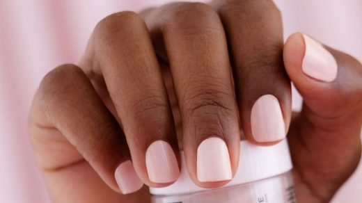 The 5 Best Dip Powder Nail Kits - How to Do a Long-Lasting Dip Powder  Manicure