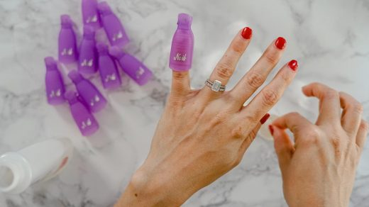How to Remove Dip Nails or Gel Polish | Life on Beacon