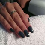 What Are Shellac Nails: Pros, Cons, and Shellac vs. Gel Manicures