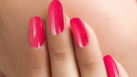 How to Remove Shellac Nail Polish at Home - Simple Instructions!