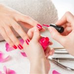 How Long to Wait Between Coats of Your Nail Paint?
