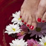 REMOVE GEL POLISH ON TOENAILS AT HOME: FAST AND SIMPLE - Nails FAQs