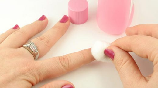 To acetone or not? The healthiest way to remove nail polish! – Beyoutiful  Magazine