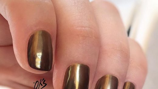 How Long Should You Wait for Polish to Dry in Between Coats? - Nailstyle -  House of Nail Inspiration