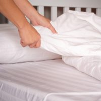How to Get a Pen Stain Out of White Sheets