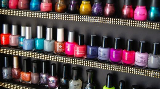 How to Revive Old Nail Polish