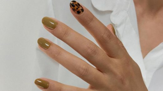 How to Get the 'Gel Nails Look' Without UV/LED Light!