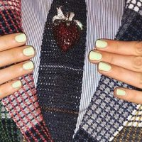 How to Pick Your Nail Polish According to Your Outfit