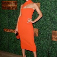 What nail color could go with a red /orange dress to a formal dinner? -  Quora