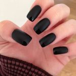 Is it possible to make a matte gel polish shine with regular nail polish?  I'm not happy with my manicure and would rather just polish myself than go  back to the salon. -