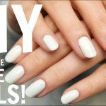 How to Apply Nail Polish Without Streaks