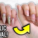 This Is How to Remove Gel Polish From Acrylic Nails