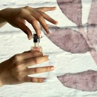How Does Removing Skin Tags with Nail Polish Work?