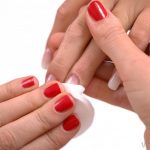 What is Acetone Nail Polish Remover? (with pictures)