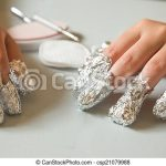 To remove Shellac you will need, 10 pieces of tin foil, Acetone Nail polish  remover, cotton wool, … | Remove acrylic nails, Shellac nail art, Remove  shellac polish