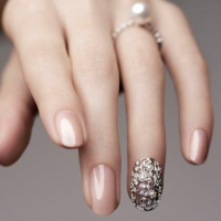 7 Nail Colors to Go With Every Outfit – THE FASHION HALL