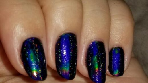Mood ring nail polish is the prettiest thing ever made: RedditLaqueristas